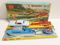 Buick Riviera with Boat Gift Set Image 1